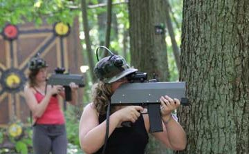 Le laserball en outdoor ? C'est possible chez Sherwood Paintball !